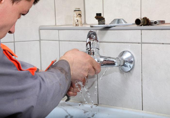 plombier paris fuite eau